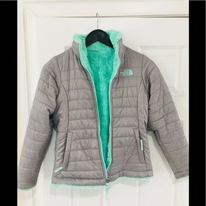 The North Face Girls' Reversible Mossbud Jacket